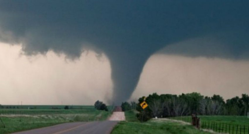 tornado_edited_850x460_acf_cropped